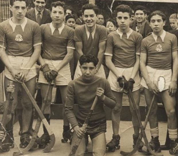 La primera formación de Ciclón, en 1941. Arriba, de izq a der: Julio Fernández, Hugo Chiponti, Mario Garay, Rafael Fernández y Miguel Tordecilla. Abajo: Ismael Moscoso.