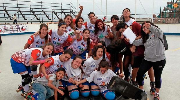 Amplia convocatoria tuvo la clínica deportiva de Las Marcianitas en Iquique. (Crédito foto: diario La Estrella de Iquique)