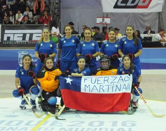 Las Marcianitas enviaron su apoyo a la jugadora de Thomas Bata, Martina Farías. Loable gesto de las chilenas.