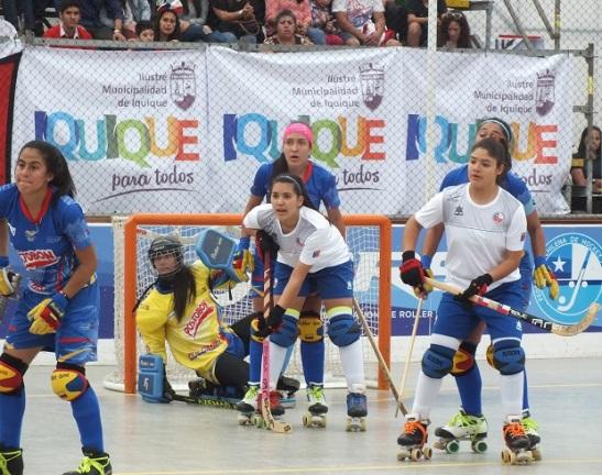 Cata Flores quedó como goleadora del Mundial. Gigliola Berloffa, por su parte, fue revelación. (crédito foto: Sergio Contreras S.)