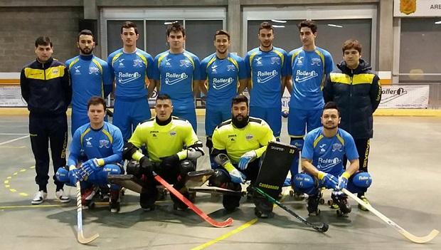 Nicolás Carmona -arriba, al centro- está cumpliendo una destacada campaña con el Asturhockey en la Primera Española.
