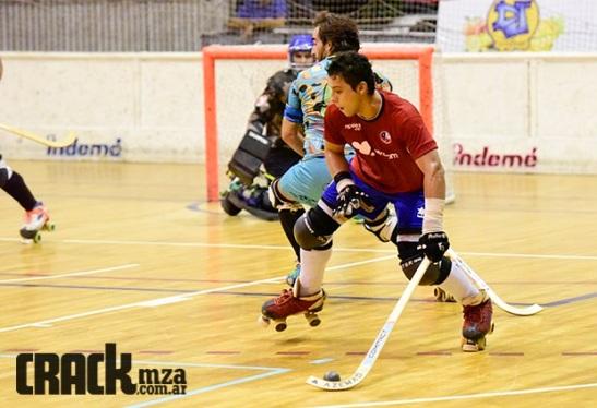 Gabriel Tudela se matriculó con dos goles en el comienzo de la Era fe José Luis Páez en la Roja. (Crédito foto: crackmza.com.ar)